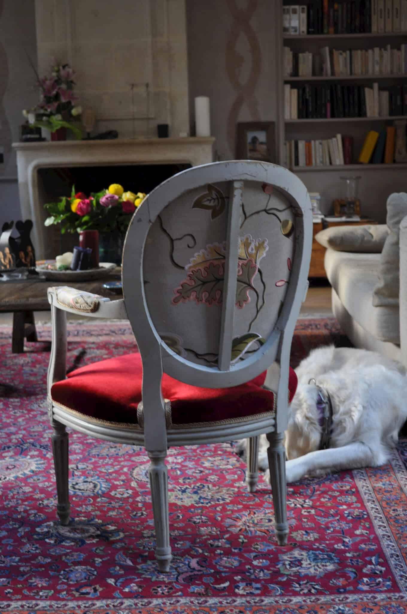 Chaise m daillon de style louis xvi atelier secrea for Mesure d une chaise