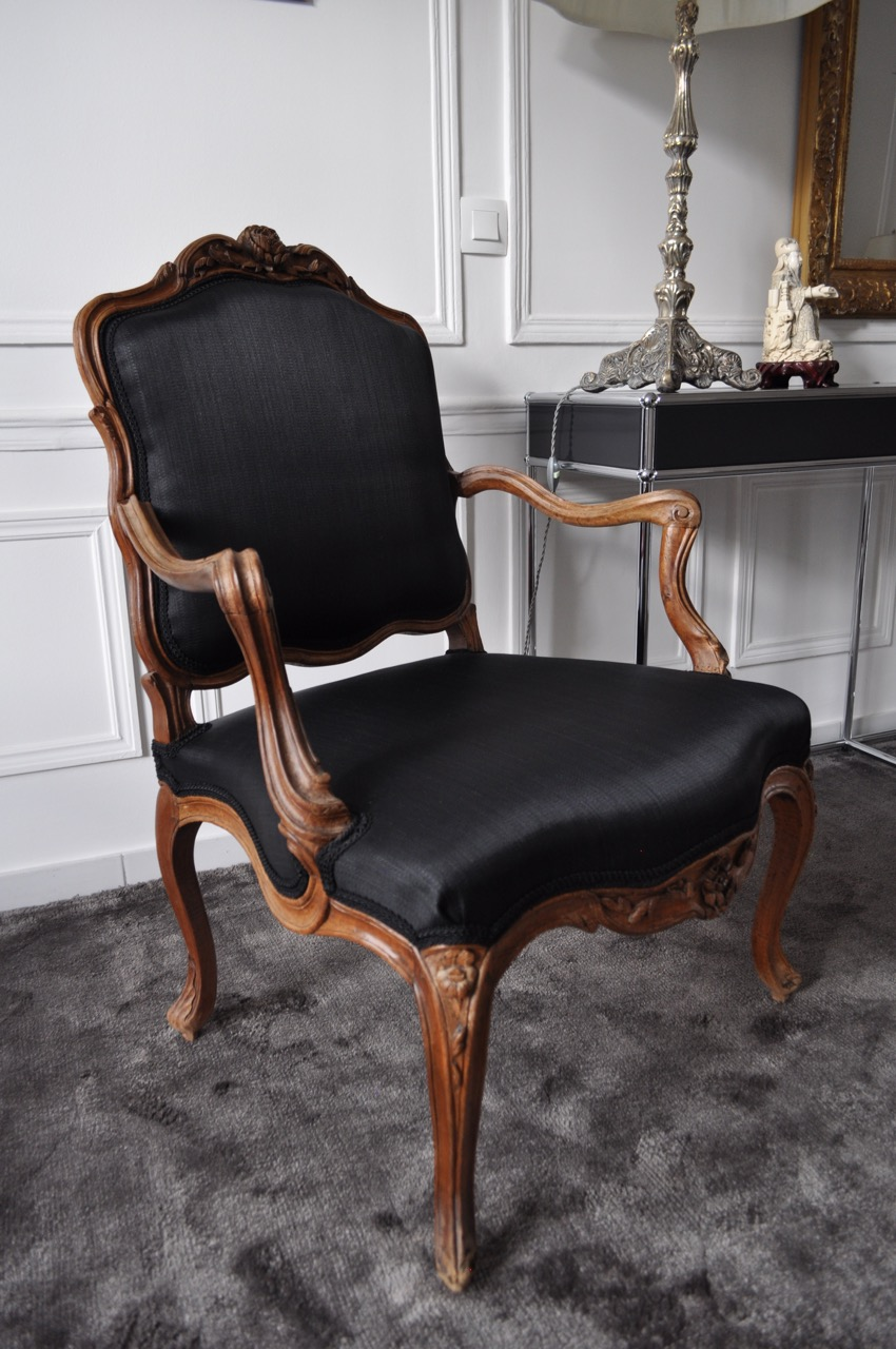 fauteuil de pierre nogaret tissu en crin atelier secrea. Black Bedroom Furniture Sets. Home Design Ideas