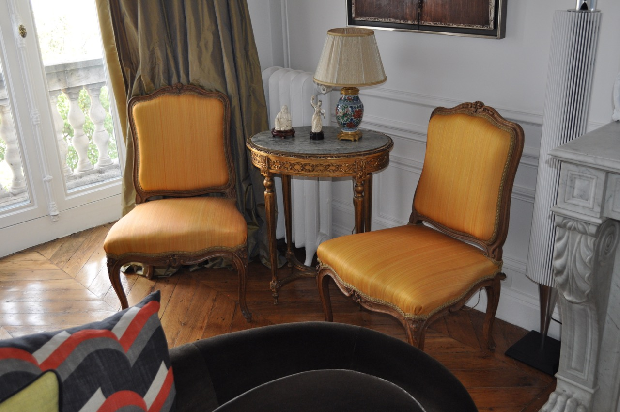 fauteuils tissu le crin cr ations m taphores atelier secrea. Black Bedroom Furniture Sets. Home Design Ideas