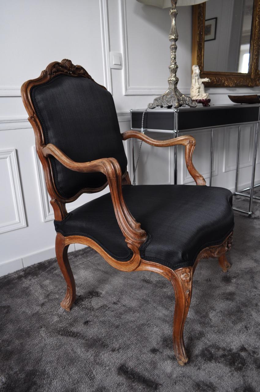 refaire un fauteuil en tissu top restaurer un fauteuil sanglage duun fauteuil voltaire tuto. Black Bedroom Furniture Sets. Home Design Ideas
